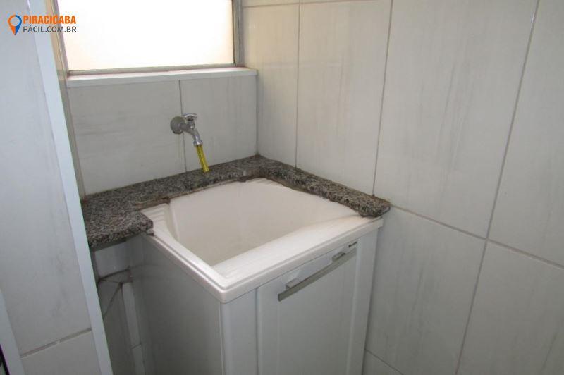 Apartamento com 2 dormitórios para alugar, 49 m² por R$ 450,00/mês - Jardim Elite - Piracicaba/SP