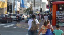 Comércio faz horário especial para o Dia dos Namorados e no feriado em Piracicaba